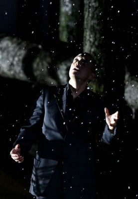 ... it's snowing, as Don Giovanni and Leporello defy the Commendatore (who ...