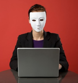 masked-face-laptop
