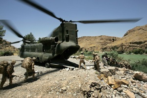 6th July 2007 Kajaki, Helmand Province, Afghanistan A Chinook helicopter brings much needs supplies of food, spares and mail to the soldiers at a remote base in Kajaki, Helmand province, Afghanistan on the 6th of July 2007.