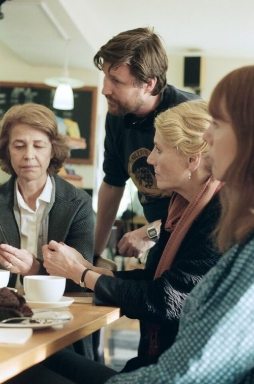 45-years-2015-006-behind-the-scenes-charlotte-rampling-andrew-haigh-geraldine-james