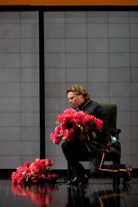 "Roberto Alagna as Pinkerton in Puccini's ""Madama Butterfly.""  Photo: Marty Sohl/Metropolitan Opera"